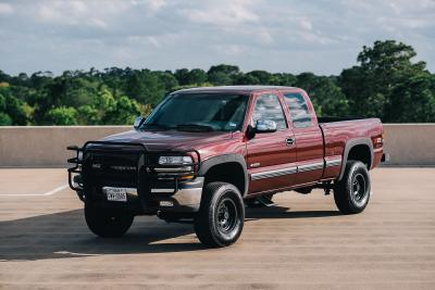 2000 Chevrolet Silverado 1500 Z71 4x4 Ext Cab Lifted