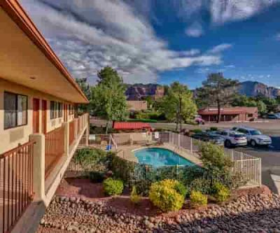 Experience Best Hotel Deals In Phoenix - At Travelodge Hotel