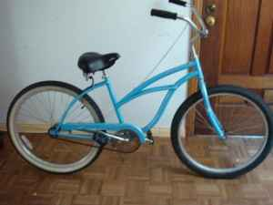 WOMEN'S BEACH CRUISER - $60 (Redondo Beach)