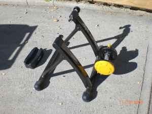 Bicycle Trainer Minoura MagTurbo - $75 (Eagle Rock)