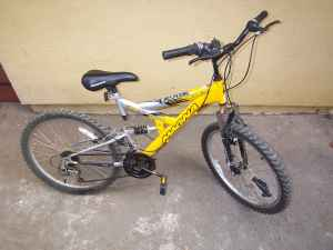 Magna Trail Bike - $45 (Sherman Oaks)