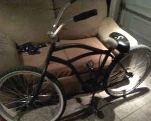 Flat Black Beach Cruiser - $120 (Long Beach)