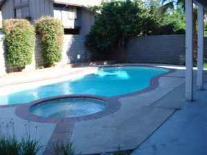 $649950 / 5br - POOL! SPA! Owner will carry loan.  ( Winnetka)