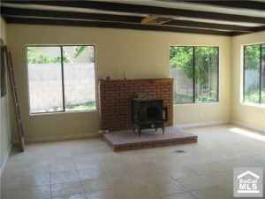 REPO, large 4bdr 2.75bth, new floors, move in ready, $1770/MO (LOS ANGELES)