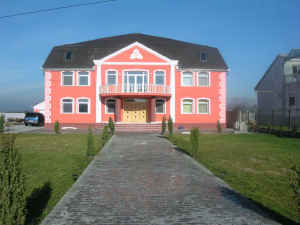 $1000000 / 8br - Beautiful European Villa (Romania)