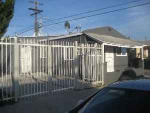 $189000 / 3br - Remodeled & move-in ready (Los Angeles) (map)