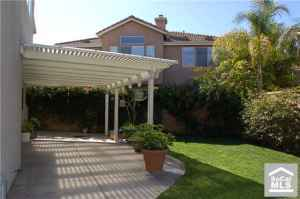 *GORGEOUS 4bdr, 3bth, fireplace, big family room, new floor $1700/mo (TORRANCE)