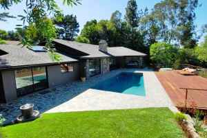 $2250000 / 5br - Stunning Remodeled Mid-Century Classic - Pool & Amazing Views! (Encino) (map)