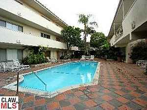 $510000 / 2br - lush courtyard (West Hollywood)